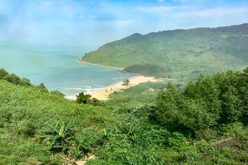 Danang to Hue train