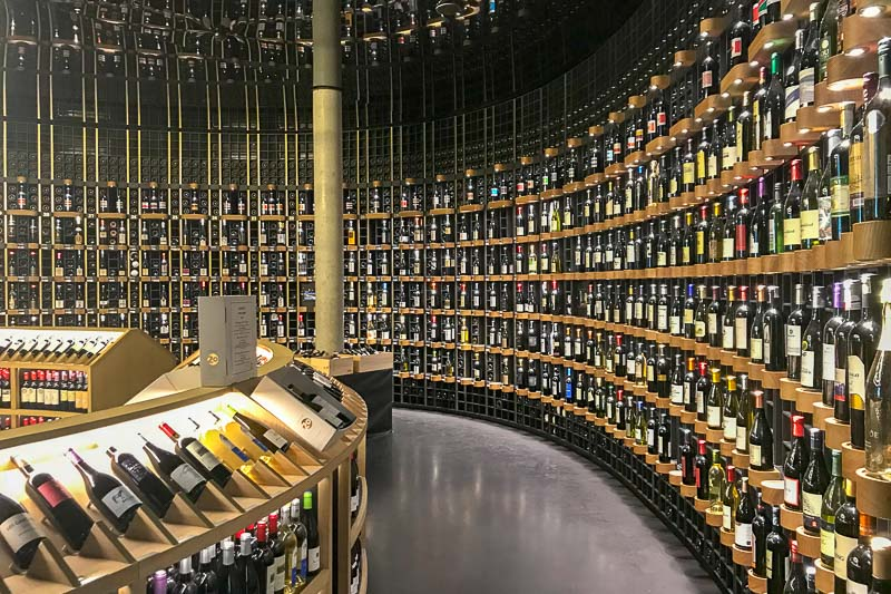 Cite du Vin wine shop