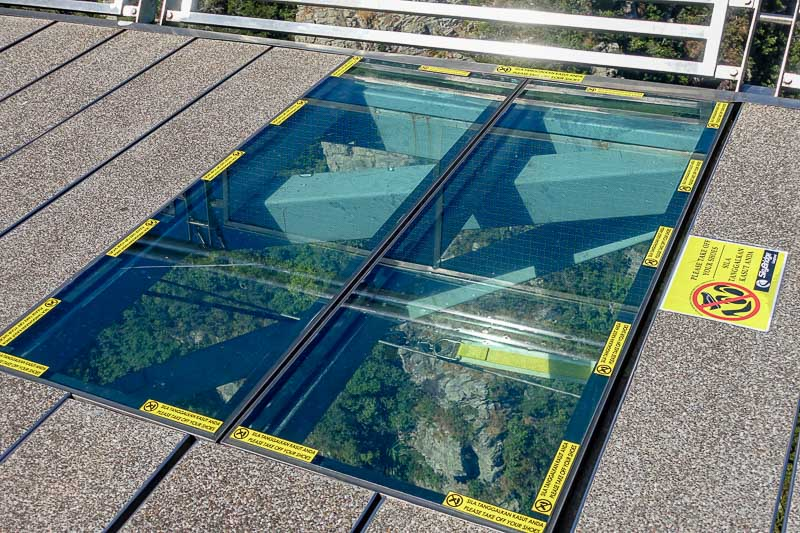 SkyBridge glass