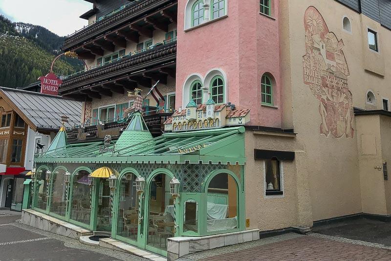 Saalbach-Hinterglemm cafe